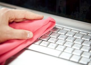 Hoe kun je het beste je laptop schoonmaken