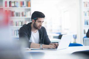 Welke laptop heb ik nodig voor mijn opleiding